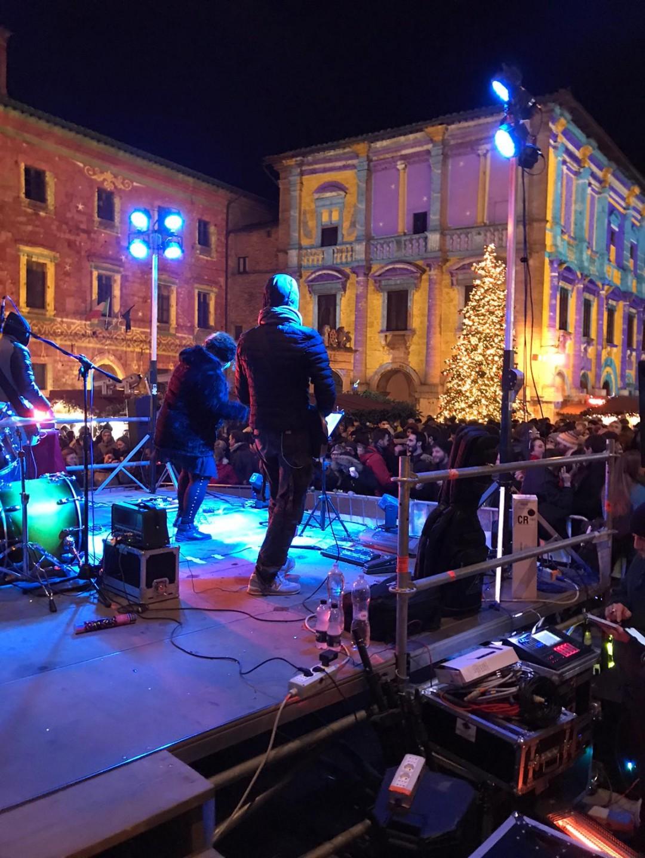 Record di presenze per la festa di Capodanno in Piazza Grande a Montepulciano