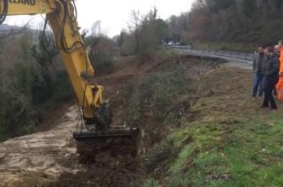 SP 146: al via i lavori di ripulitura della frana propedeutici alla progettazione dei lavori
