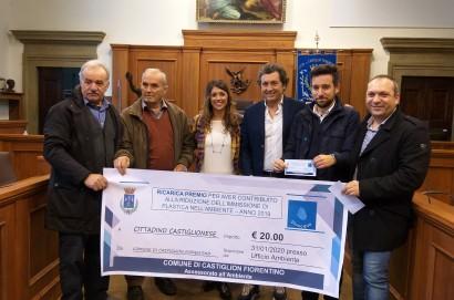 """A 7 castiglionesi la """"Ricarica Premio"""" per aver usufruito di più delle fontanelle pubbliche"""