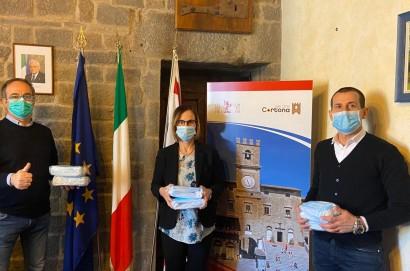 Mb elettronica dona seimila mascherine al comune di Cortona