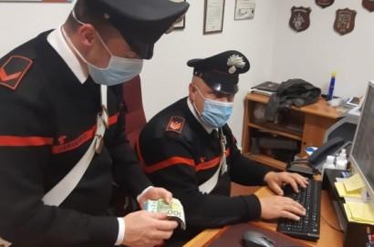 Arrestato spacciatore in Valdichiana: i carabinieri gli trovano in casa la droga e quasi 50mila euro in contanti