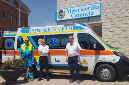 La Banca Popolare di Cortona dona un'ambulanza alla Misericordia di Camucia