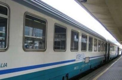 """Trasporti, Casucci-Veneri: """"Servono più fermate di treni pendolari alle stazioni di Terontola e Camucia"""""""