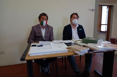 Esposto alla Procura della Repubblica per far luce sui libri di Monsignor Tafi, timbrati ma non schedati, ritrovati all'Isola Ecologica