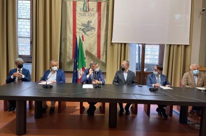In attesa di conoscere il destinatario del Premio Cortonantiquaria 2021, l'Amministrazione comunale di Cortona intende offrire un riconoscimento speciale ai donatori della collezione Usiglio-Ingrosso