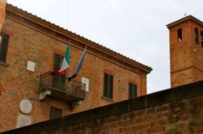 Domenica degustazioni 'spiritose' con grappa ne 'Il Borgo dei Libri' a Torrita di Siena