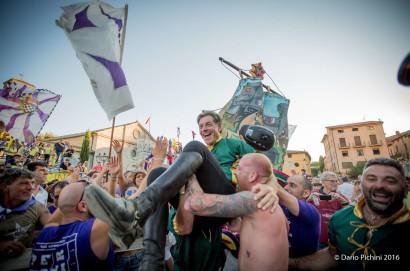 Giostra del Saracino a Sarteano: San Bartolomeo domina ancora