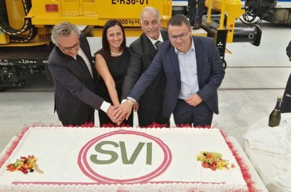 Inaugurato a Lucignano il nuovo stabilimento SVI. Assunzioni in vista