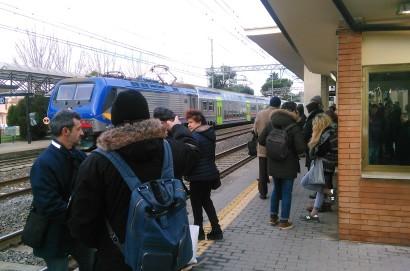 Disagi e ritardi sulla linea ferrovia