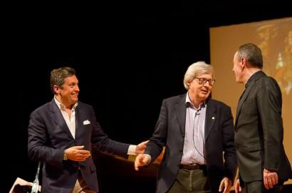 Dopo lo spettacolo, tour notturno per Vittorio Sgarbi a Castiglion Fiorentino