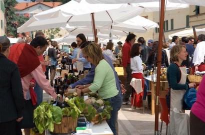 Valdichiana eating: a Sarteano la prima edizione del mercato a chilometro zero