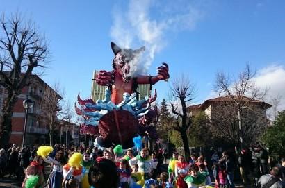 Carnevale di Foiano: l'estate si festeggia con colori e musica