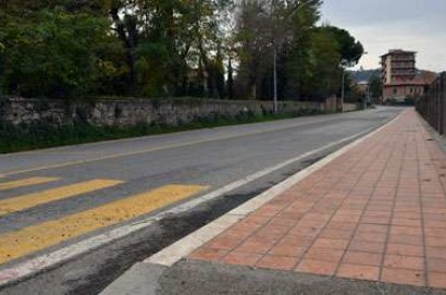 Chiusi: terminati i lavori al primo tratto dei marciapiede delle Biffe