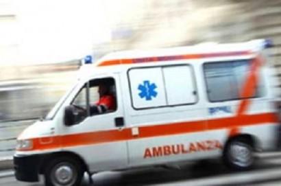 Anziana colpita da infarto, salvata dai sanitari