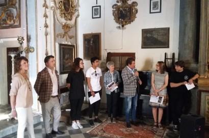 """""""The Bussola Project"""", presentata ieri la porta di vetri che consentirà a tutti di ammirare il tesoro nascosto della Chiesa di Santa Chiara"""