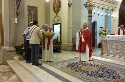 Un momento di preghiera al Santuario della Madonna di Canoscio organizzato in collaborazione tra l'Amministrazione Comunale e le parrocchie castiglionesi