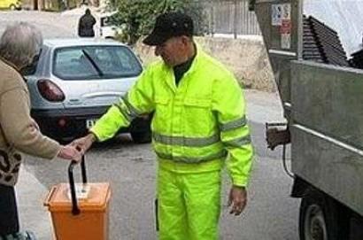 """I sindaci della Valdichiana: """"Immediato ripristino del servizio di raccolta rifiuti da parte di SEI TOSCANA"""""""