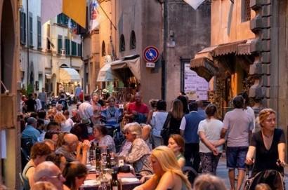 Turismo: i dati di Cortona nei primi sei mesi del 2018  - Pernottamenti + 9,38%