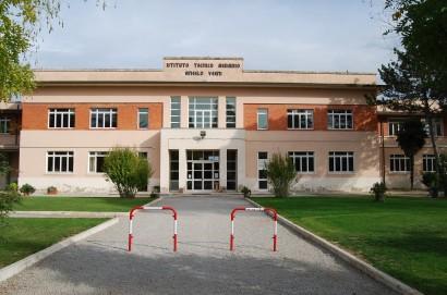 """All'ISIS """"A.Vegni"""" formazione di qualità:  Eduscopio fotografa lo storico istituto della Valdichiana"""