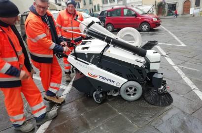 Nuova spazzatrice per il centro storico di Monte San Savino