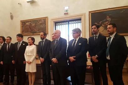 Anche il cortonese Daniele Brocchi all'incontro romano con il ministro cinese Lou Shuguang