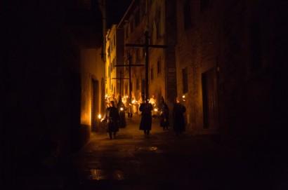 Processione del Cristo Morto per le vie del centro storico di Castiglion Fiorentino