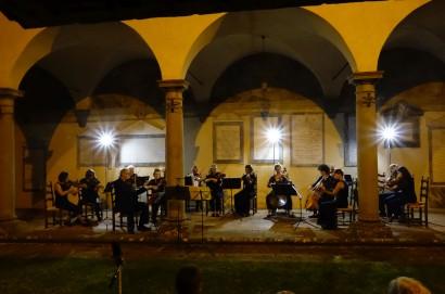 """Orchestra da camera DIE ZARGE  Concerto classico al """"Chiostro San Francesco""""  il 29 agosto"""