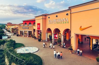 Dialogo Euro Mediterraneo tra Napoli e Cortona fa tappa al Valdichiana Outlet Village