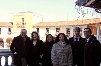 """Christmas Tour"": da Cortona fino a Monte San Savino e Lucignano, passando dal Valdichiana Outlet Village"