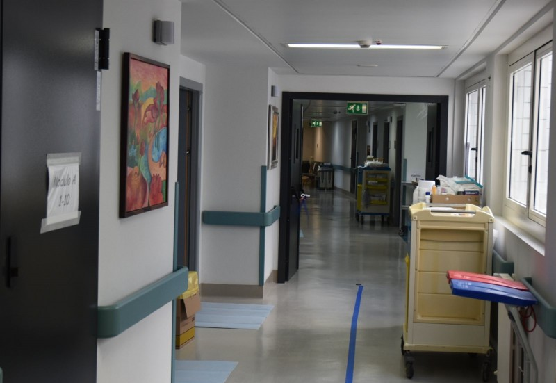 Geriatria all'Ospedale San Donato di Arezzo: 12 pazienti e 3 operatori positivi