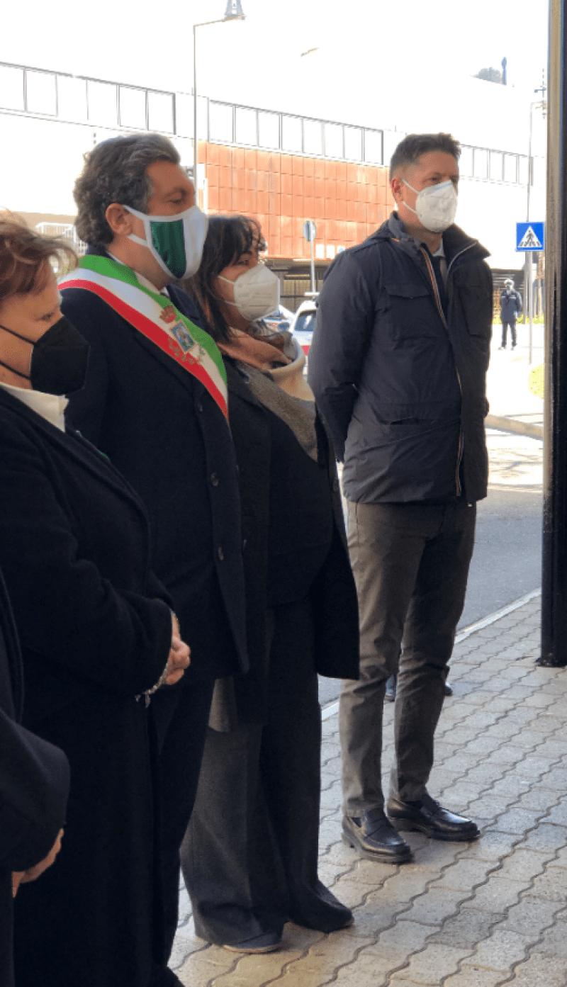 Anche il sottosegretario al Ministero dell'Interno, Nicola Molteni, alla cerimonia in memoria del Sovrintendente della Polizia di Stato, Emanuele Petri