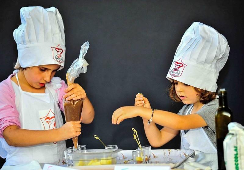 Al Centro sociale di Terontola in cucina con la banda dei piccoli chef