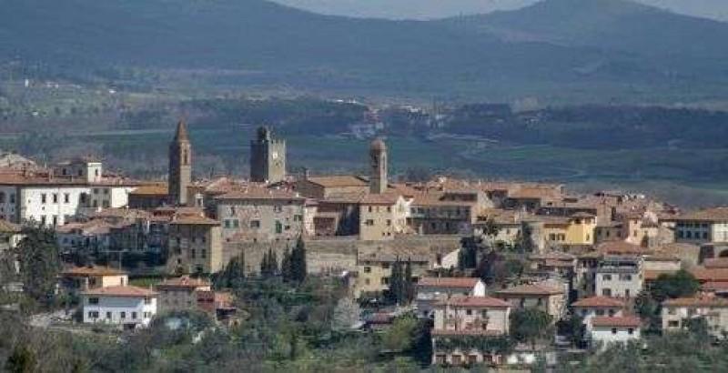 Monte San Savino: cala la Tari