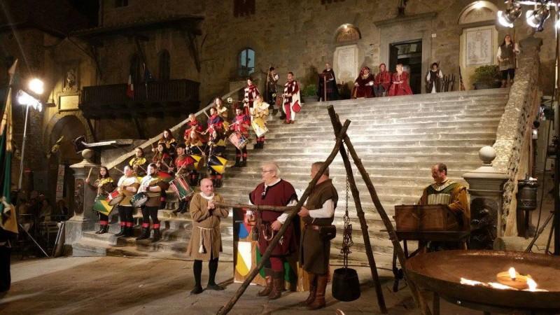 Inizio festeggiamenti per la festa di Santa Margherita e Giostra dell' Archidado