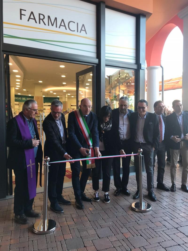 Al Valdichiana Outlet Village inaugurata la nuova Farmacia Comunale ...