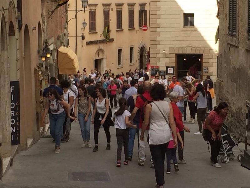"""Il turismo """"corre"""" nella Valdichiana Senese: accelerano arrivi e presenze"""