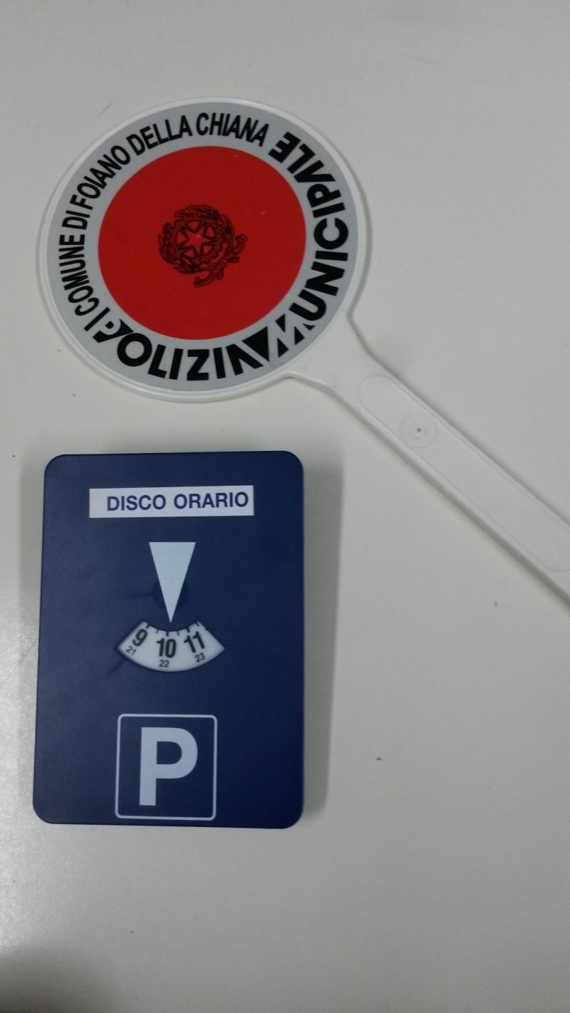 Disco orario motorizzato: furbetto pizzicato a Foiano della Chiana