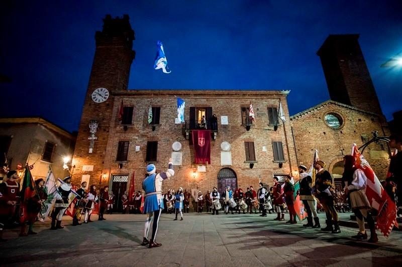 E' ufficialmente iniziata la 63ª edizione del Palio dei Somari di Torrita di Siena