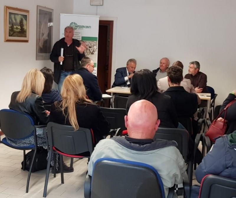 Confronto di Confesercenti e i candidati a sindaco della città di Cortona per illustrare le priorità del commercio e del turismo
