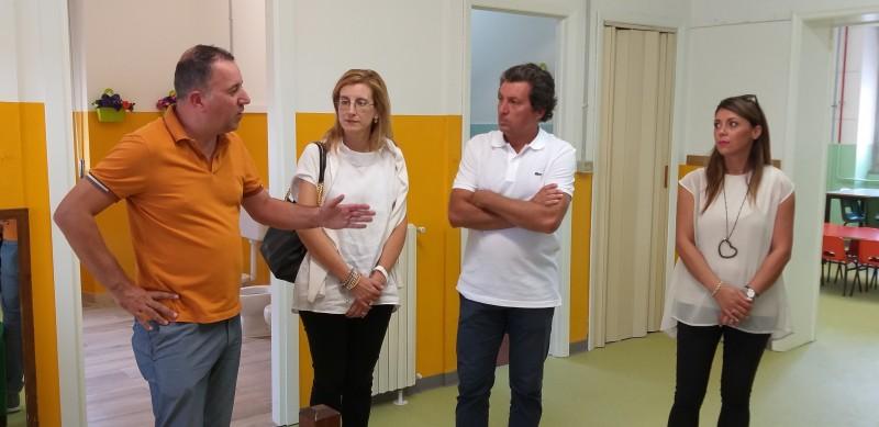 """Dopo i recenti lavori di restyling presentata alla popolazione la scuola materna """"G. Rodari"""""""