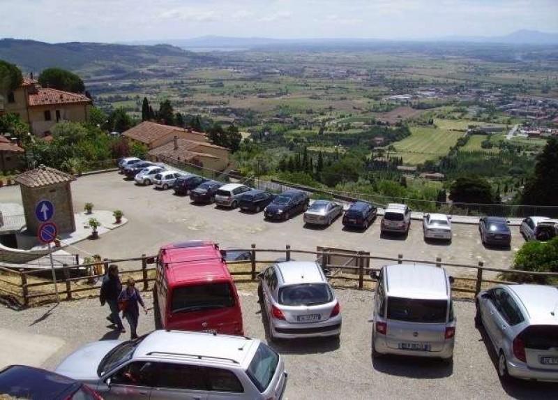 Carabinieri di Cortona: refurtiva recuperata e restituita ai proprietari