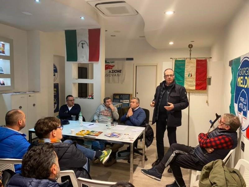 Incontro di Fratelli d'Italia a Camucia per parlare di commercio